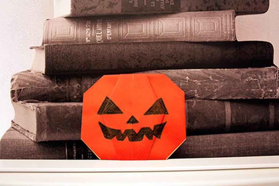 Une citrouille d 39 halloween en papier - Citrouille halloween en papier ...
