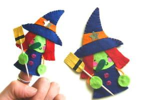 Marionnette de doigts, la vieille sorcière