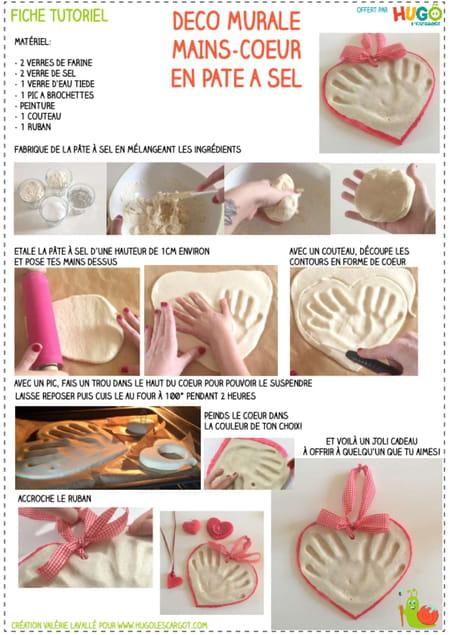 fabriquer-un-cœur-avec-empreintes-de-mains-en-pate-a-sel
