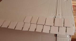 Étape 4: les tuiles du toit de la cabane