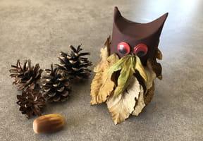 Hibou en feuilles d'Automne [VIDEO]