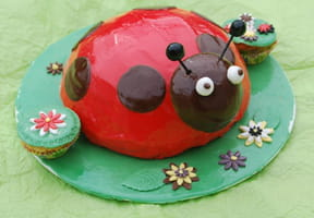 Gâteau d'anniversaire Coccinelle