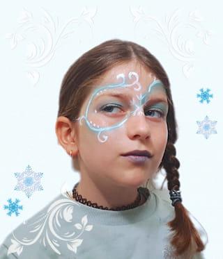 Votre maquillage de la Reine des Neiges est terminé!